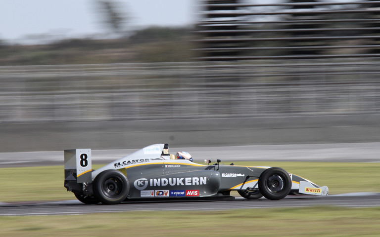 Axel Matus se ha proclamado con la victoria en la primera carrera de la Fórmula 4 Nacam Championship