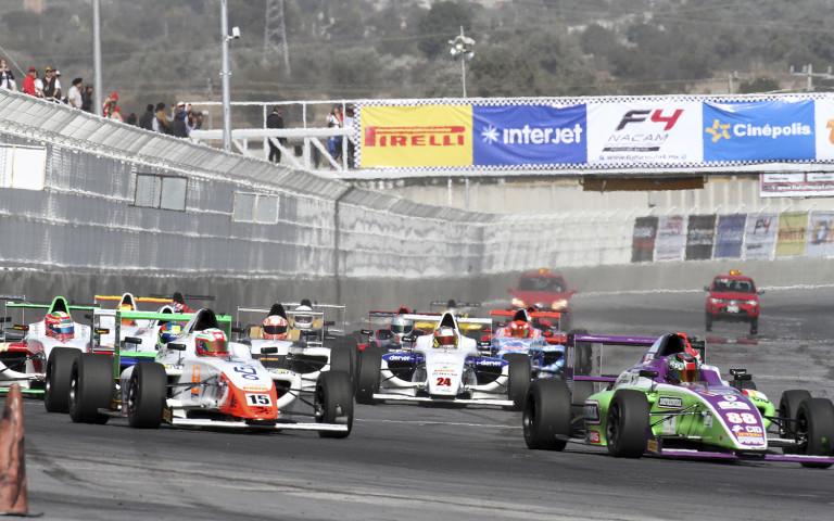 Giancarlo Vecchi gana la carrera 2 y Axel Matus repite y gana la carrera 3 de FIA Formula 4 NACAM Teletón Puebla.